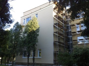 Пример утепленной наружной стены многоэтажного дома сотрудниками Квадрат в СПб